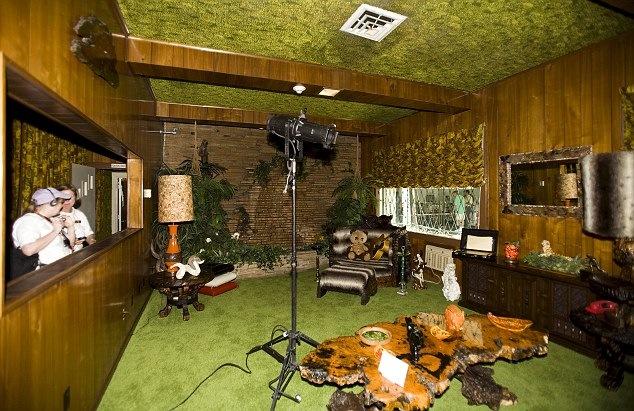 S 70 s shag the chameleon 39 s backbone for Jungle house music